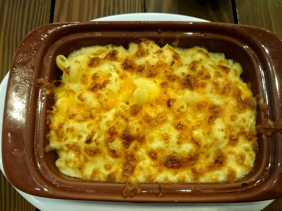 Mama Lou's Italian Kitchen - Truffle Mac and Cheese - P285