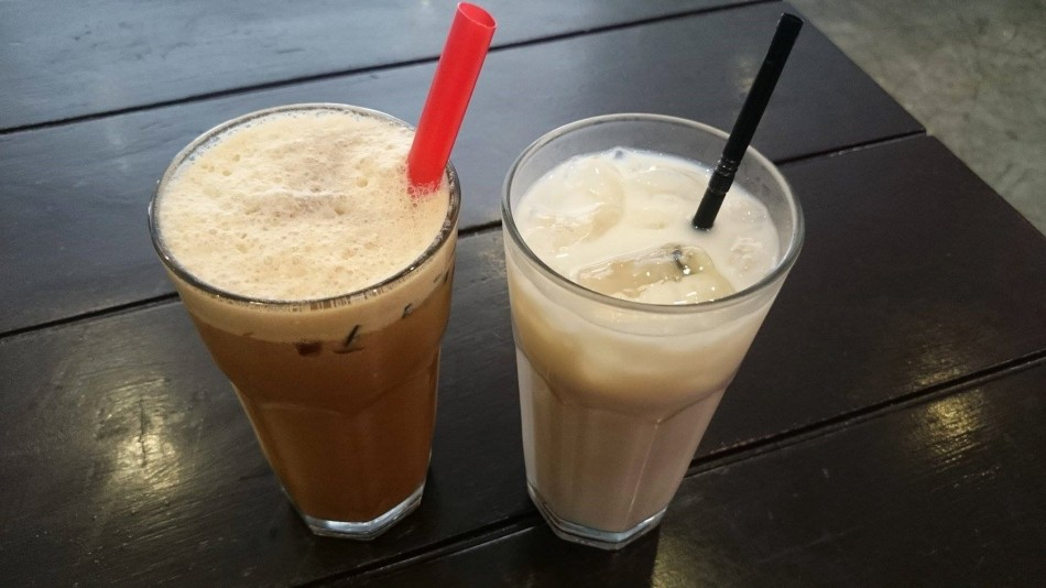 Oolong Milk Tea and Soya Milk from Caution Hot