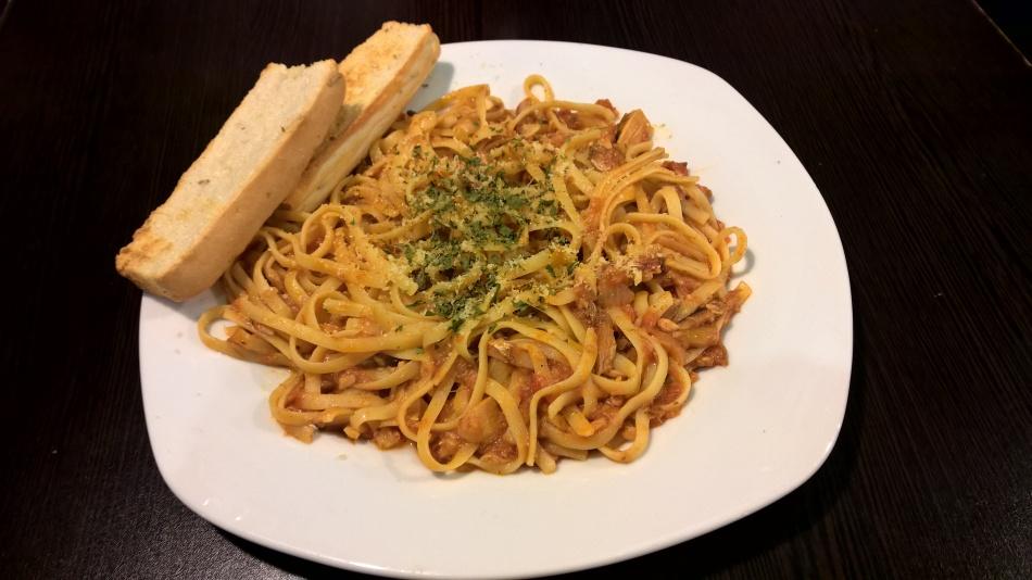 Smoked Fish Linguini Pasta (P158) - Rib City Maginhawa